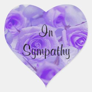 En rosas de la lavanda de la condolencia pegatina en forma de corazón