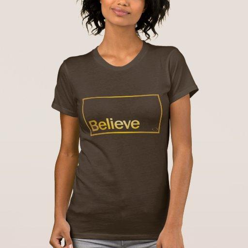 En su fe t-shirts