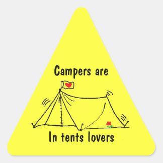 En tiendas los amantes son intensos pegatina triangular