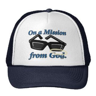 En una misión de dios gorra