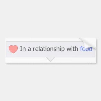 En una relación con la comida pegatina de parachoque