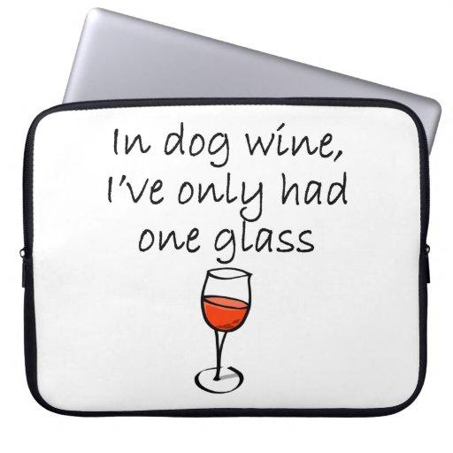En vino del perro funda portátil