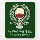 En vino es la verdad alfombrilla de ratón