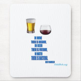 En vino… tapetes de ratón