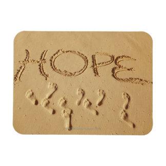 """Enarene la escritura """"esperanza"""" en la playa con imán flexible"""