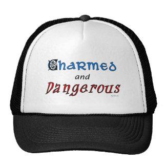 Encantado y peligroso gorros