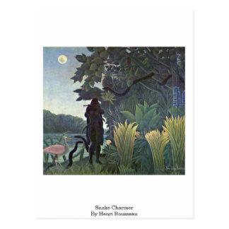 Encantador de serpiente de Henri Rousseau Tarjeta Postal