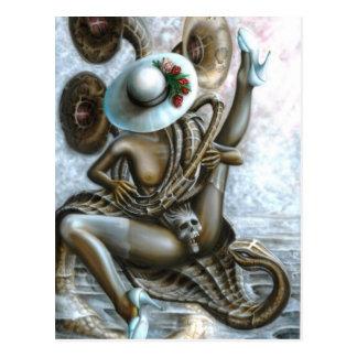Encantador de serpiente tarjetas postales