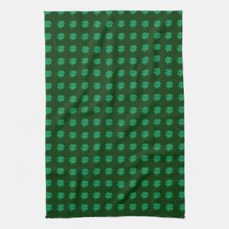Encanto afortunado - trébol de cuatro hojas toalla
