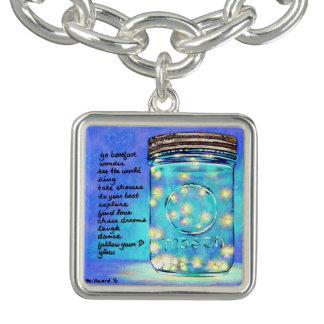 Encanto de buena suerte inspirado de la luciérnaga pulsera