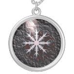 Encanto del amuleto de Aegishjalmur vikingo Grímpola
