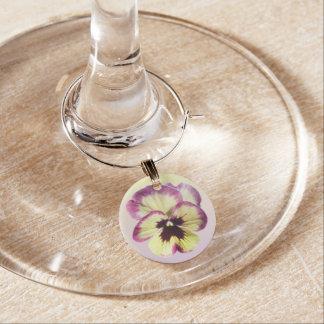 Encanto del vino - pensamiento de la mancha de identificador de copa
