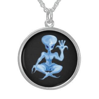 encanto extranjero 011 de la meditación collar de plata esterlina
