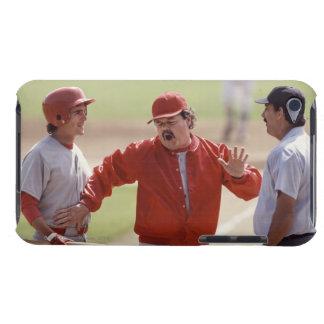 Encargado del béisbol que discute con el árbitro y Case-Mate iPod touch cárcasa
