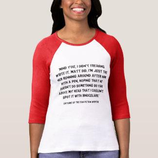 Encarnación exacta de la camiseta de la escritura