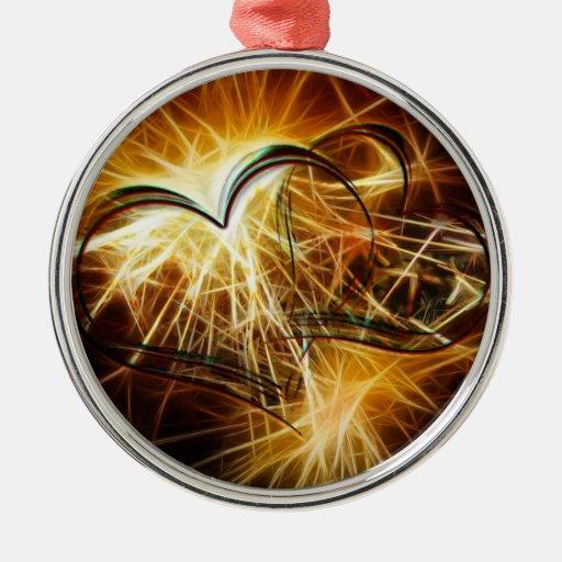 Encendido de corazones de oro adorno redondo plateado