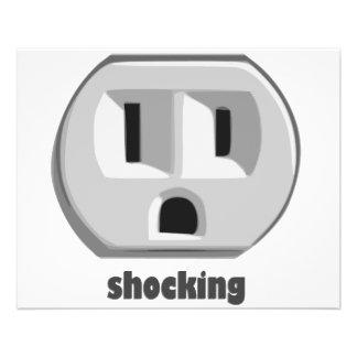 Enchufe de pared impactante de la electricidad tarjeta publicitaria