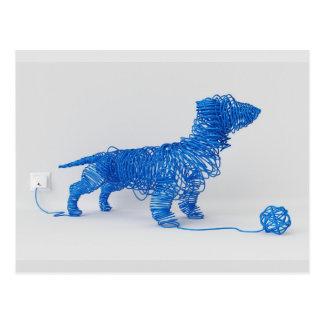 Enchufe el arte del perro tarjeta postal