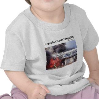 Encienda las rabias a lo largo del paseo marítimo  camisetas