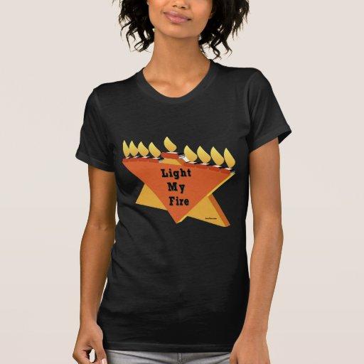 Encienda mi regalo de Jánuca Chanukah del fuego Camiseta
