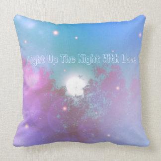 Encienda para arriba la noche con la almohada del