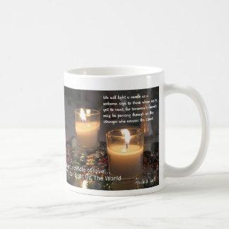 Encienda una vela taza básica blanca