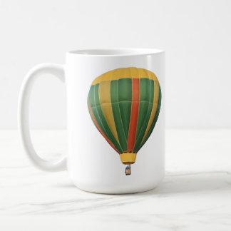 Encima del globo temprano del aire caliente taza de café