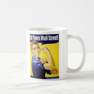 Encima el suyo Wall Street Taza Clásica
