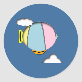 Encima en de las nubes pegatina redonda