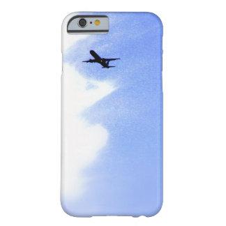 Encima en del cielo azul l aeroplano de aviones funda de iPhone 6 barely there
