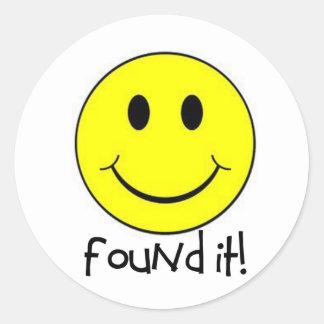 ¡Encontrado le! Pegatina Redonda