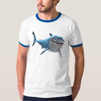 Encontrar a Bruce de Nemo Playera