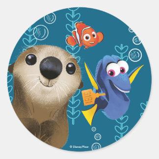 Encontrar el Dory el | Nemo, el Dory y la nutria Pegatina Redonda