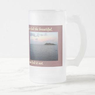Encontrar la taza de la belleza