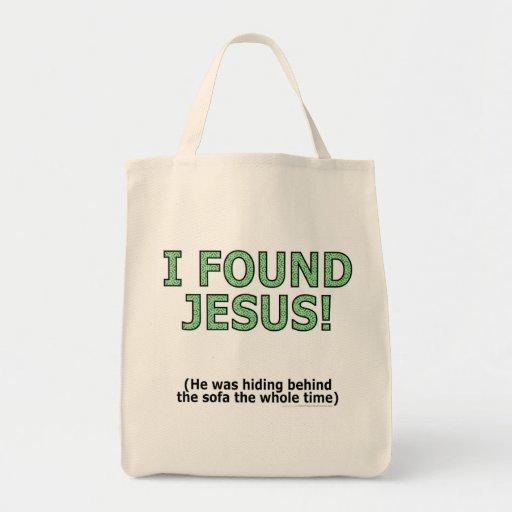 ¡Encontré a Jesús! Él ocultaba detrás del sofá… Bolsas