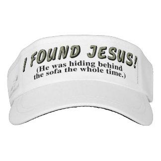 ¡Encontré a Jesús! (Él ocultaba detrás del sofá… Visera