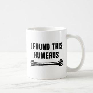 Encontré este húmero taza básica blanca