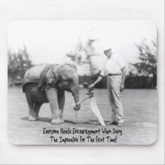 Encouragement - Elephant Playing Golf Mouse Pad
