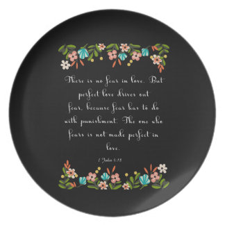 Encouraging Bible Verses Art - 1 John 4:18 Plate
