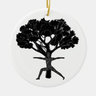 Encuentre ese equilibrio adorno navideño redondo de cerámica