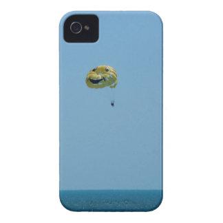 Encuentre su lugar feliz carcasa para iPhone 4 de Case-Mate