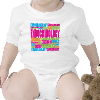 Endocrinología colorida traje de bebé