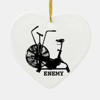 Enemigo de la bici del aire - silueta negra adorno navideño de cerámica en forma de corazón