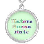 Enemigos que van a odiar pendientes