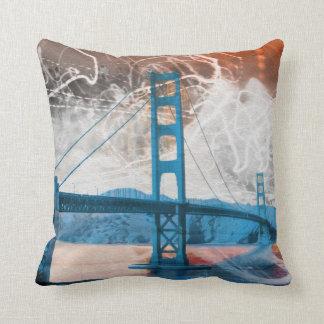 energía de puente Golden Gate del vintage en San F Cojin