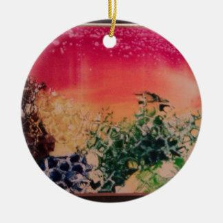 Energía en las piedras adorno navideño redondo de cerámica