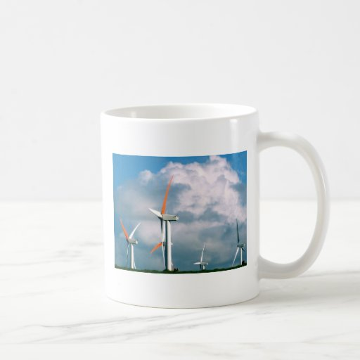 Energía eólica grande de la isla taza básica blanca