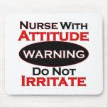 Enfermera con actitud tapetes de ratón