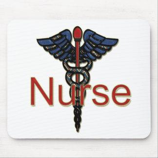 Enfermera con el caduceo tapete de ratones