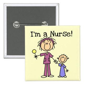 Enfermera con las camisetas y los regalos del niño pins
